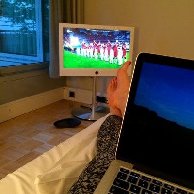 Jetzt noch dem FC Bayern zuschauen und eine Runde bloggen.