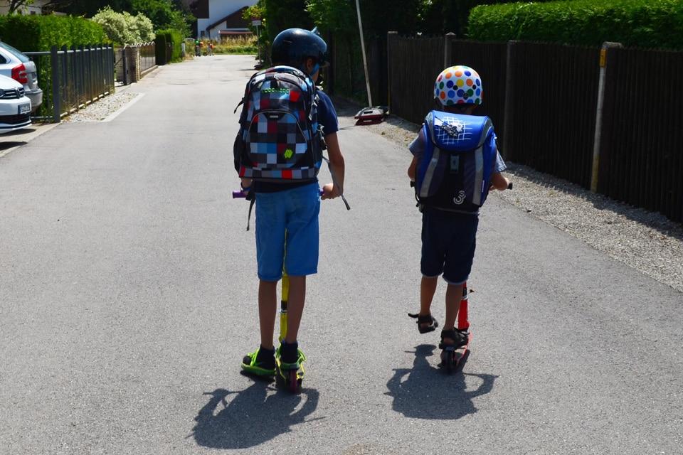 Der Schulweg für unseren Erstklässler und das Geschwisterkind