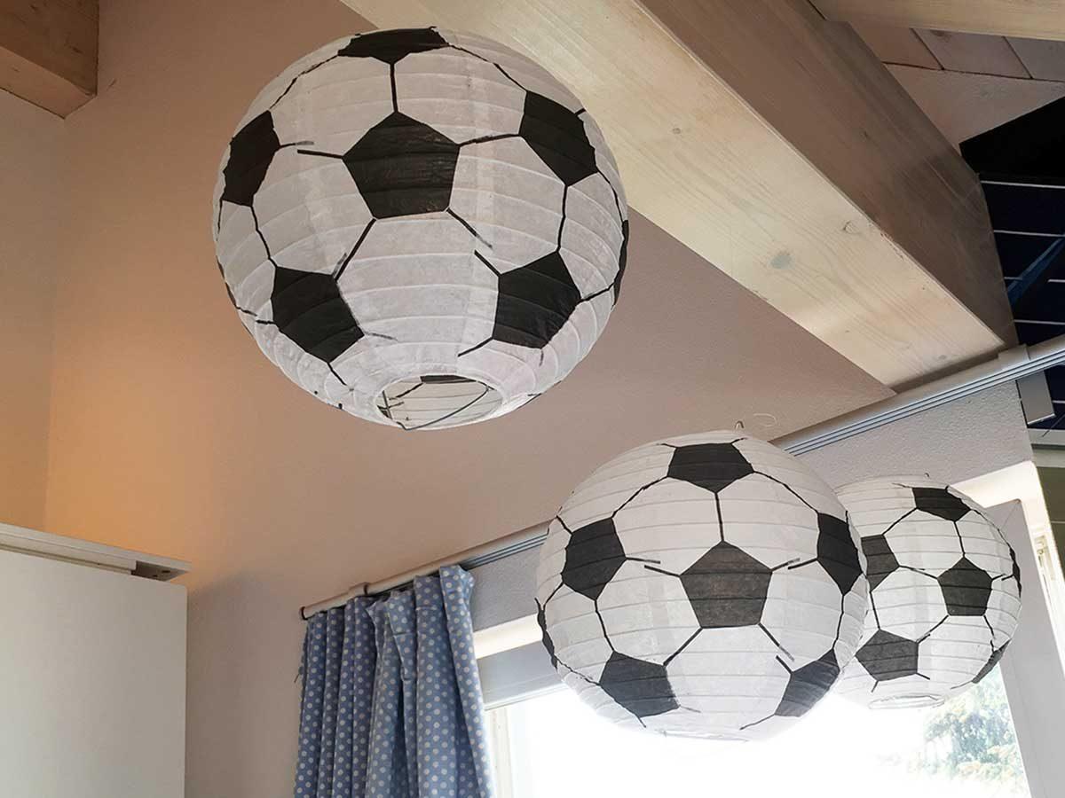 Fußballdeko - Lampions fürs Kinderzimmer