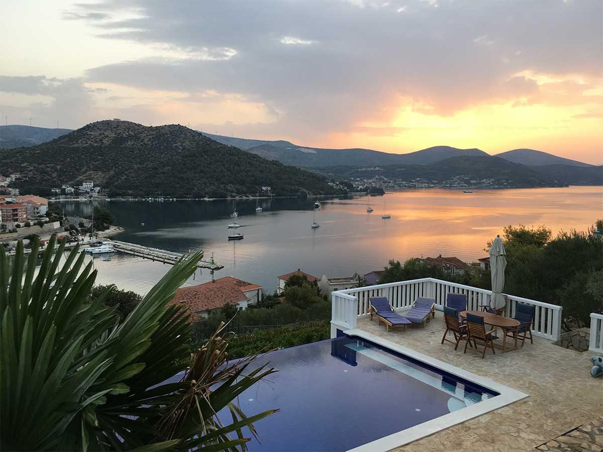 Zeit zum Nachdenken - Sonnenaufgang in Kroatien
